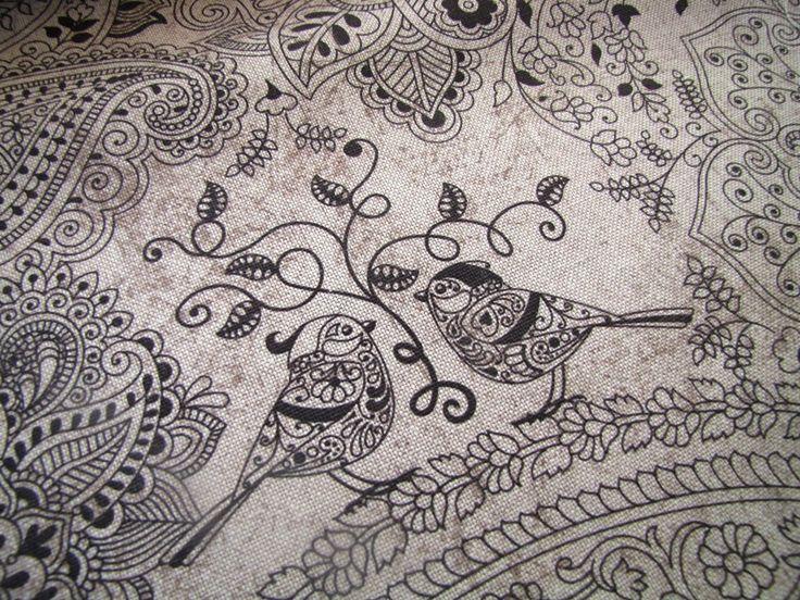 Látka, metráž - potahová látka ptáčci v mozaice Specifikace zboží: Gramáž: 200 g/m2 Materiál: 80% bavlna, 20% polyester Šíře: 140 cm  CENA JE UVEDENA ZA 1/2 METRU!!! Použití: na polštáře,běhouny, prostírky, závěsy,potah židlí, pohovek,.. PRODEJ PO 1/2 METRU! Pokud chcete nakoupit např. 1m - vložte do košíku 2ks, 1,5 m = 3 ks.. atd. Látka vám bude dodána vcelku.