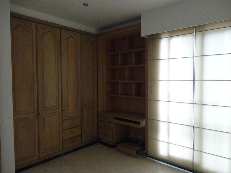 Habitacion con Closet y mueble para computador