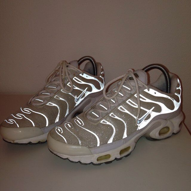 Look what I just found on Depop ✋ http://shop.depop.me/wj.c.v?utm_campaign=client-share&utm_source=generic&utm_term=josiemein&utm_medium=message&utm_content=livablendstrup&referrer=depop%3A%2F%2Fproduct%2F21703344&user=josiemein&yozio_iphone_deeplink_url=depop%3A%2F%2Fproduct%2F21703344&yozio_android_deeplink_url=depop%3A%2F%2Fproduct%2F21703344&yozio_use_custom_scheme_in_safari=true&vs=1