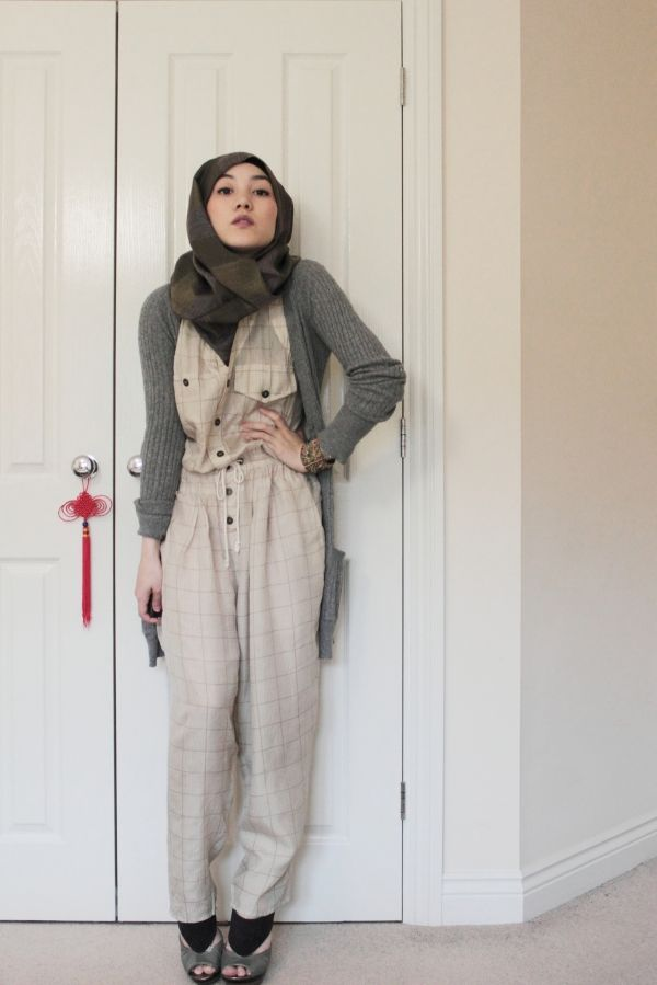 Hijab Hana Tajima Jumpsuit Vintage Hijab Style We Love Pinterest Vintage Jumpsuits And Style