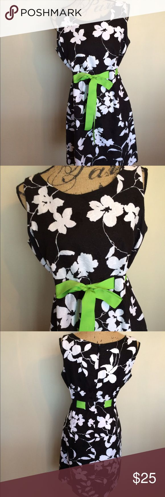 K Black/white/lime green dress w/adj waist 🎉Gently used🎉Ask questions for measurements or additional photos🎉No trades or other apps🎉Ships next business day unless noted in my closet🎉Bundle for discount K Dresses