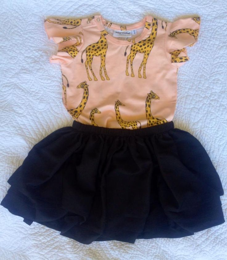 Giraffe Tee and Ballerina Skirt www.sotbysweden.com