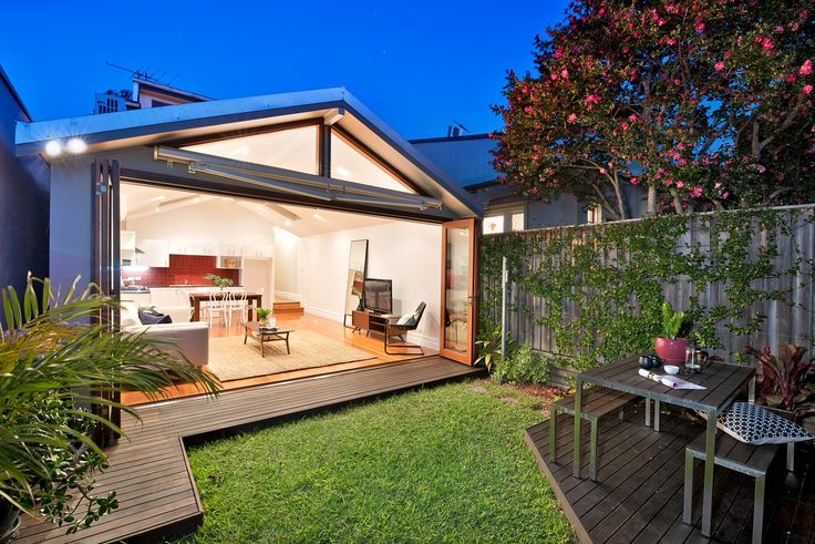 Spacious living & dining flows to courtyard