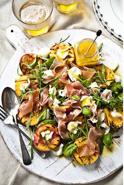 Healthy nectarine salad