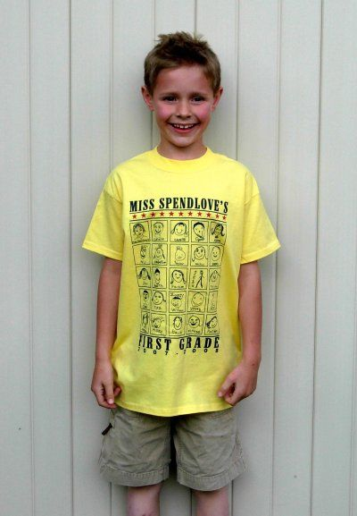 Love these custom self portrait t-shirts with student faces for the end of year. Could be a great teacher-student EOY gift.