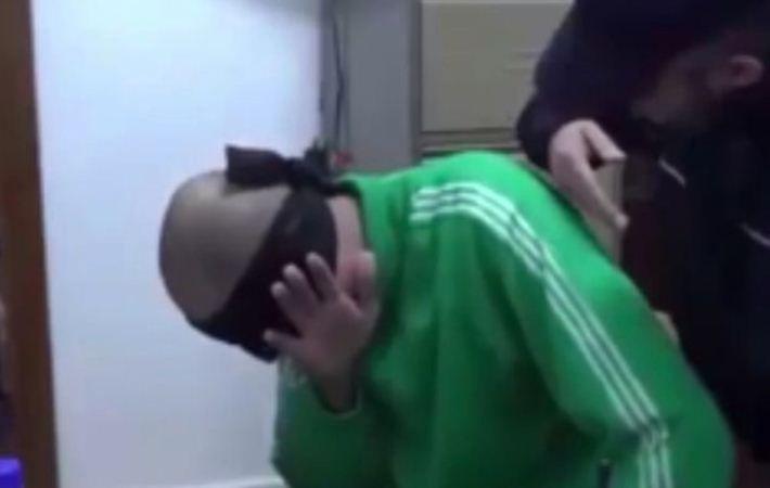 Video Penyiksaan Saadi Gaddafi dalam Penjara Beredar Luas - http://www.rancahpost.co.id/20150837660/video-penyiksaan-saadi-gaddafi-dalam-penjara-beredar-luas/