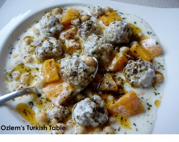 bulgurlu, kofteli yogurtlu yuvalama, bitmis, catalla, with OTT