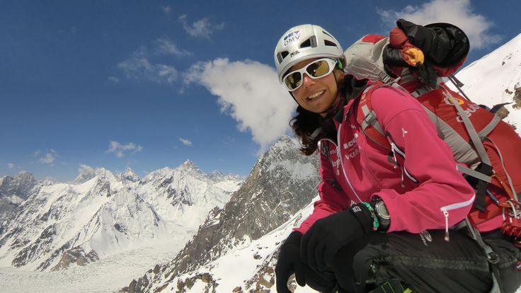 """Gerlinde Kaltenbrunner, chiamata """"la Messner austriaca"""", è la prima donna al mondo ad aver scalato i 14 ottomila senza l'ausilio di ossigeno supplementare. #NeverStandStill"""