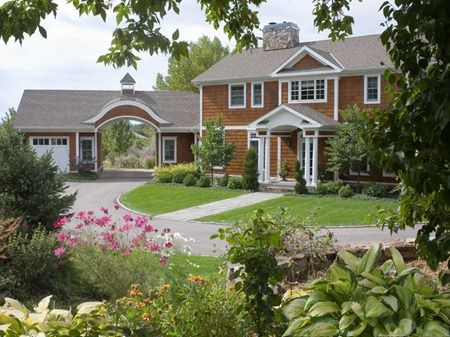 nantucket style homes | Nantucket Style Oasis