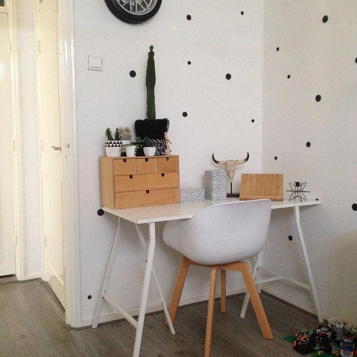 #kwantum repin: Stoel NEW YORK > https://www.kwantum.nl/meubelen/stoelen/meubelen-stoelen-eetkamerstoelen-kuipstoel-new-york-wit-1323020 @josesra