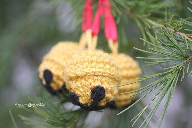 Crochet Jingle Bells - Repeat Crafter Me