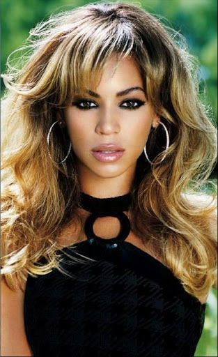This is a puzzle game for Beyonce fans. In this game you will find some of image with random image.<br>Its a jigsaw puzzle application. It also give you awesome gallery.<br>By this gallery you can save image into gallery or set as a wallpaper<br>Its a very simple app any body can use it.<p>Beyoncé Giselle Knowles-Carter,[2] simply known as Beyoncé, (/biˈjɒnseɪ/ bee-YON-say) (born September 4, 1981)[3][4] is an American recording artist and actress. Born and raised in Houston, Texas, she…