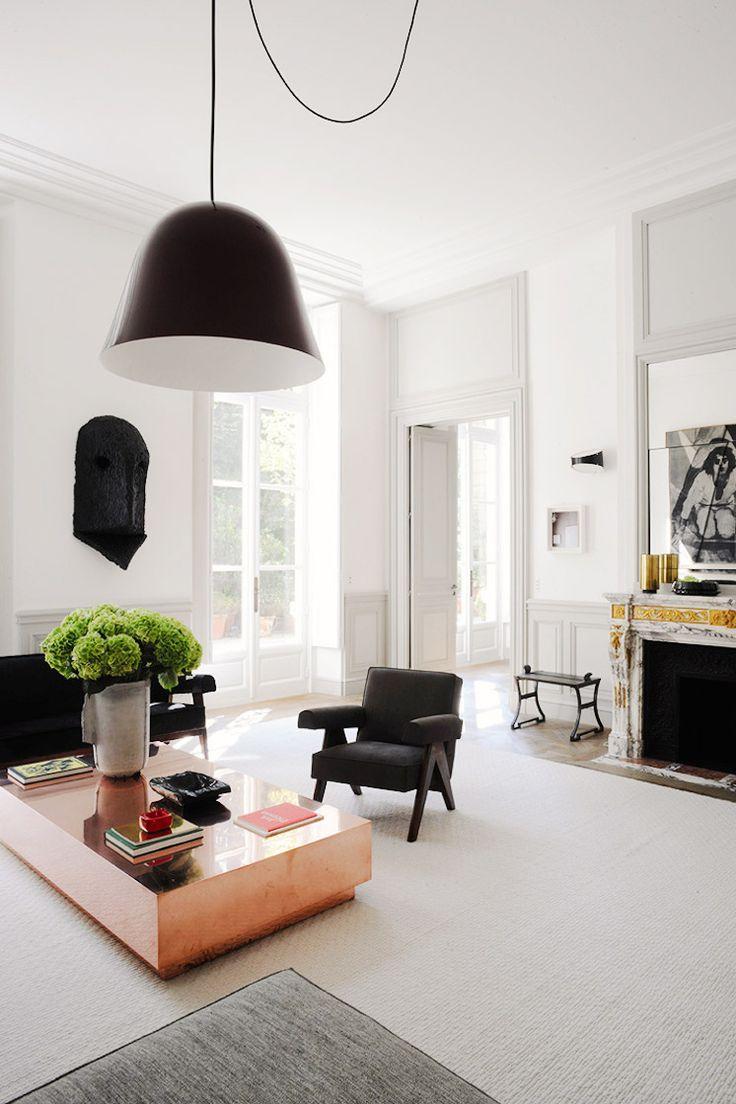 Black and white Parisian apartment with green hydrangeas