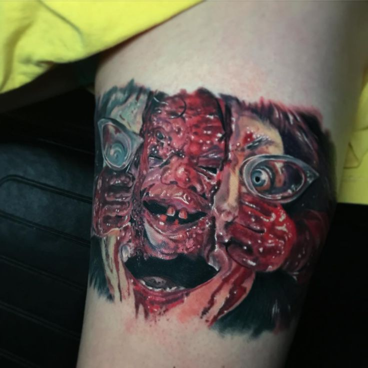 Finished this fun Dead Alive piece today, remember when Peter Jackson was cool? Thanks Myra!