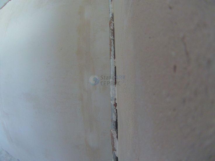 В процессе штукатурки возникла необходимость спрятать стояк в короб, т.к. в противном случае невозможно в данном участке сделать нормальную отделку, а именно красиво приклеить обои и сделать натяжной потолок. Трубы, в процессе штукатурки, оказались бы утопленными в стену. .- Объект: #25022017_ssufa .- #ssufa #remontnik #отделка #отделкауфа #ремонтквартир #ремонтквартируфа #ремонтвуфе #ремонт #ремонтподключ #ремонтквартиры #отделка #отделкаквартир #отделкакоттеджа #renovation #renovations…