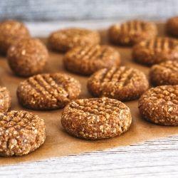 Five ingredient #NoBake peanut butter #cookies. Ready in five minutes!
