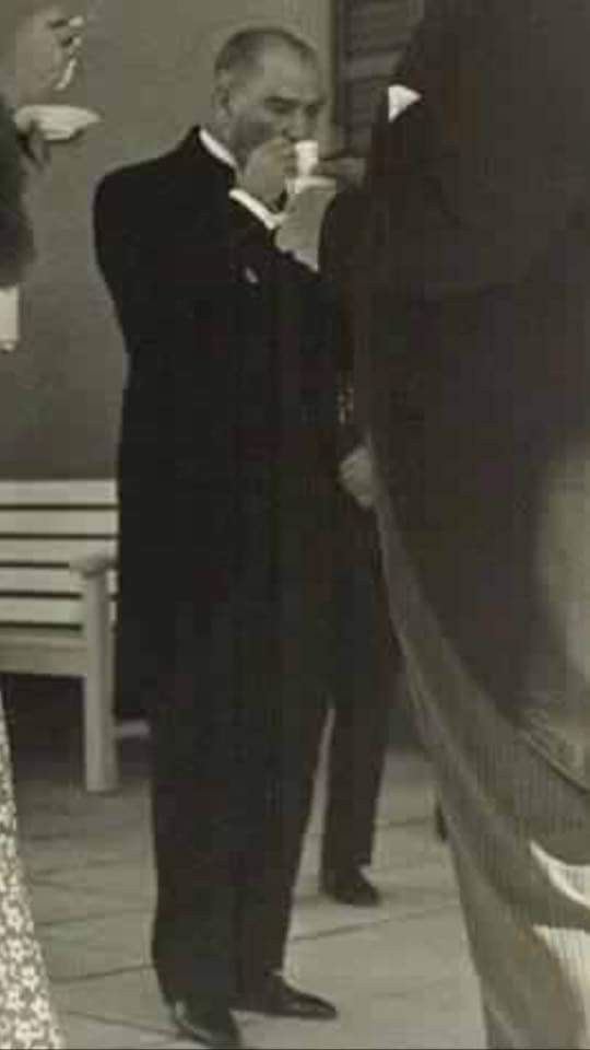 Atatürk.