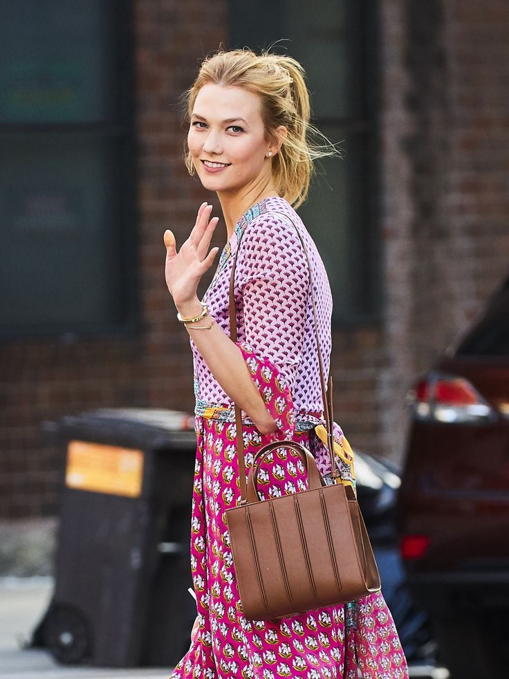 Karlie Kloss #Karlie_Kloss #Woman #Beauty                                                                                                                                                                                 More