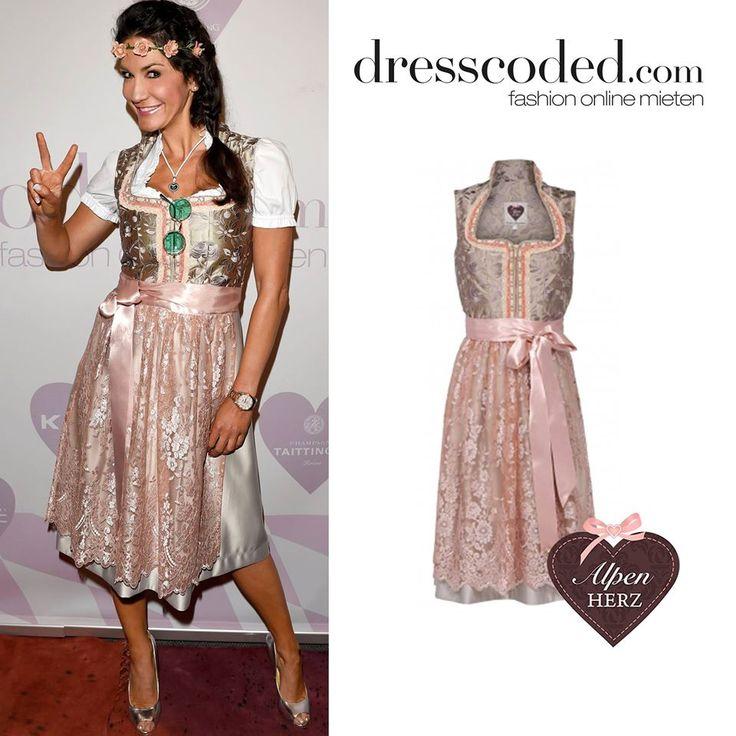 Mariella Ahrens im Bokat-Dirndl von Alpenherz. Zu leihen bei dresscoded.com.#dresscoded
