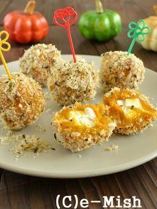 【おもてなし】かぼちゃとチーズの焼きコロッケ | 中にはクリームチーズの他、ブロックベーコンやオリーブなどを入れても