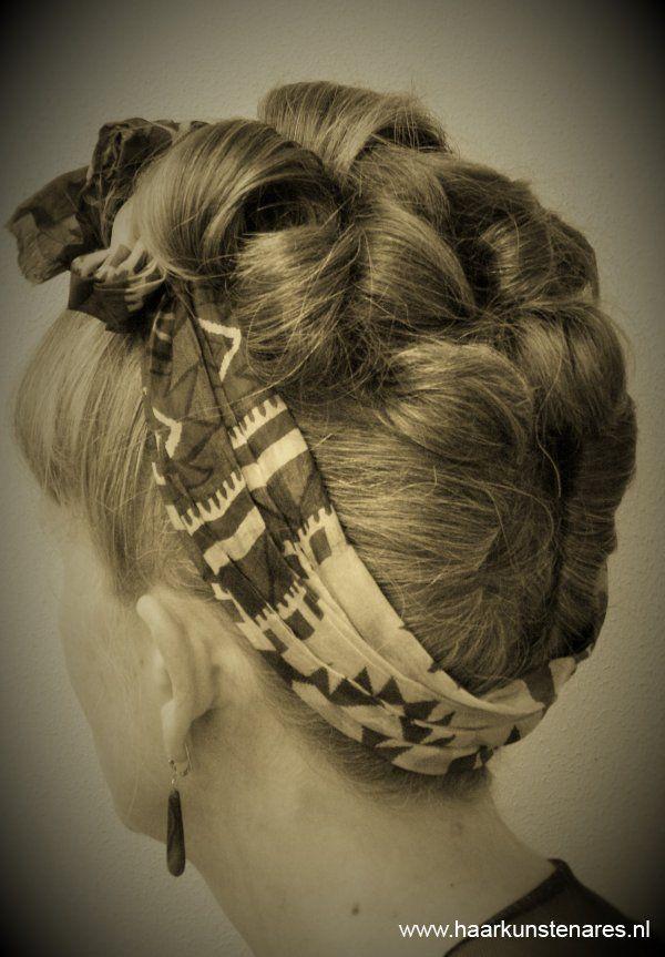 Retro • Retro kapsels • Haarkunstenares