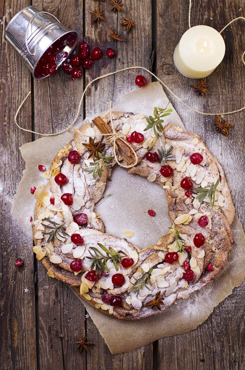 What a rustically gorgeous, endlessly Christmas worthy Cherry and Almond Pastry Ring. #food #pastry #dessert #cherries #almonds #Christmas #red #wreath