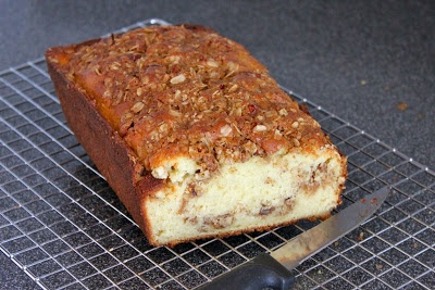 pecan streusel apple quick bread with pecan streusel quick bread ...