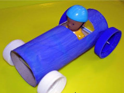 Toilet Paper Roll Race Cars. Easy DIY for your kids. #crafts http://www.ivillage.com/craft-ideas-do-your-boy/6-a-529140#