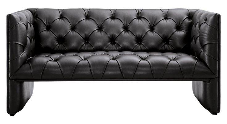Диван Edwards – роскошный и богатый предмет мебели, который непременно добавит лоска и шика любой комнате дома и подчеркнет ваш непревзойденный вкус в оформлении интерьера. Обивка из высококачественной натуральной кожи, благородный черный цвет и мягкое удобное сиденье дают в совокупности превосходное место отдыха и уникальное украшение помещения.
