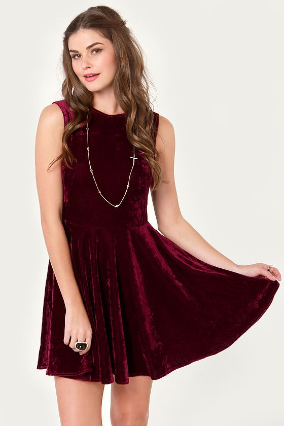 Wine Country Burgundy Velvet Dress #lulusholiday
