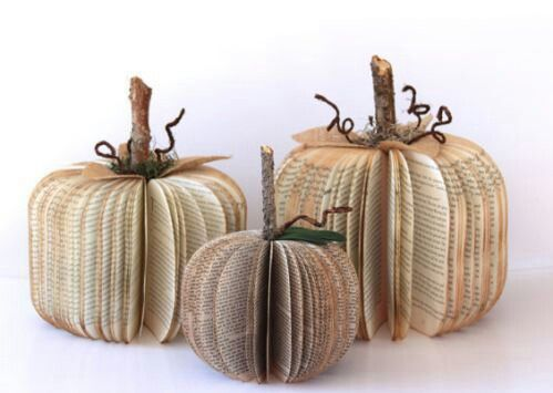 Etsy book pumpkins... Could probably DIY this one!: