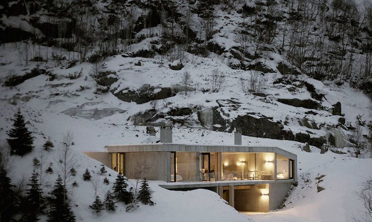 Modern Concrete House in Norway  In their cabinet of Oslo the architects from Filter Arkitekter designed the plans of a house with both modern and uncluttered outlines. A building built near the snowy slopes of the Norwegian ski resort of Ålsheia and whose wide openings on nature aim to contrast with the potential coldness of concrete. A remote home named Sirdalen House which seems perfect to enjoy the calm.           #xemtvhay