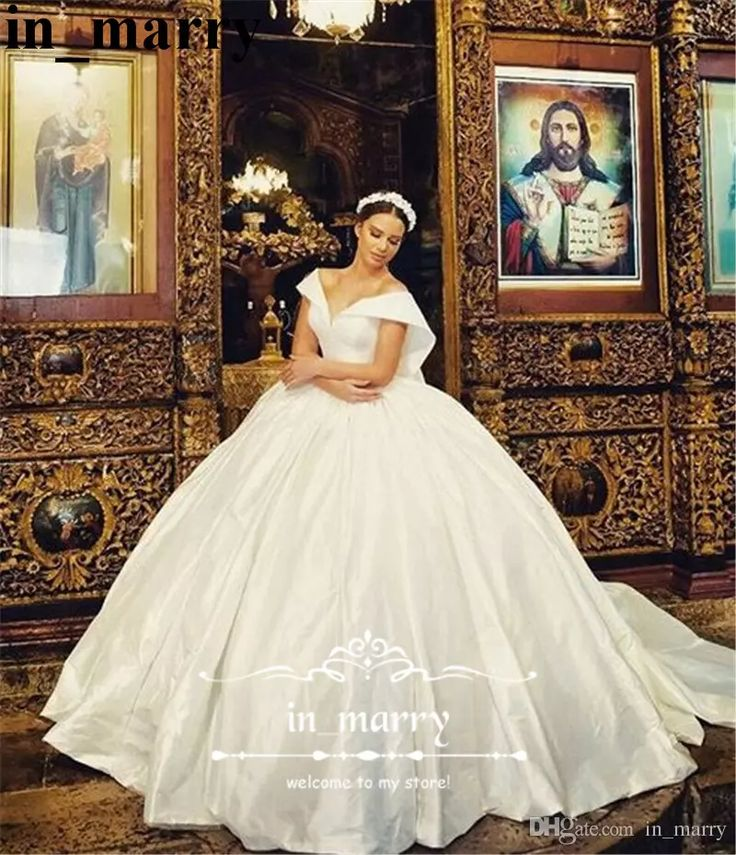 Elegant Princess Ball Gown Russian Wedding Dresses 2017 Off Shoulder Backless Large Bow Long Satin Plus Size Cheap Arabic Robe De Mariage Ball Gown Wedding Dresses Cheap Wedding Dresses 2017 Wedding Dresses Online with $262.86/Piece on In_marry's Store | DHgate.com