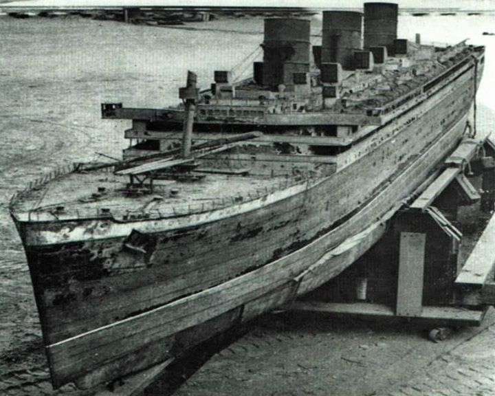 Famous Ships And Boats In History In 2021 Titanic Ocean Unit City Of Adelaide