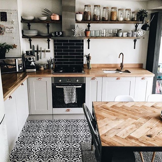 """1,138 Likes, 8 Comments - Interior & More (@interiormilk) on Instagram: """"Kitchen Talk ✨✨ @hygge_for_home ✨✨"""""""