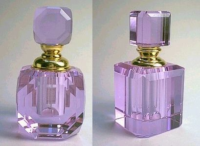 Google Image Result for http://www.studiosoft.it/images/glass-cosmetic-crystal-perfume-bottle-purple.jpg