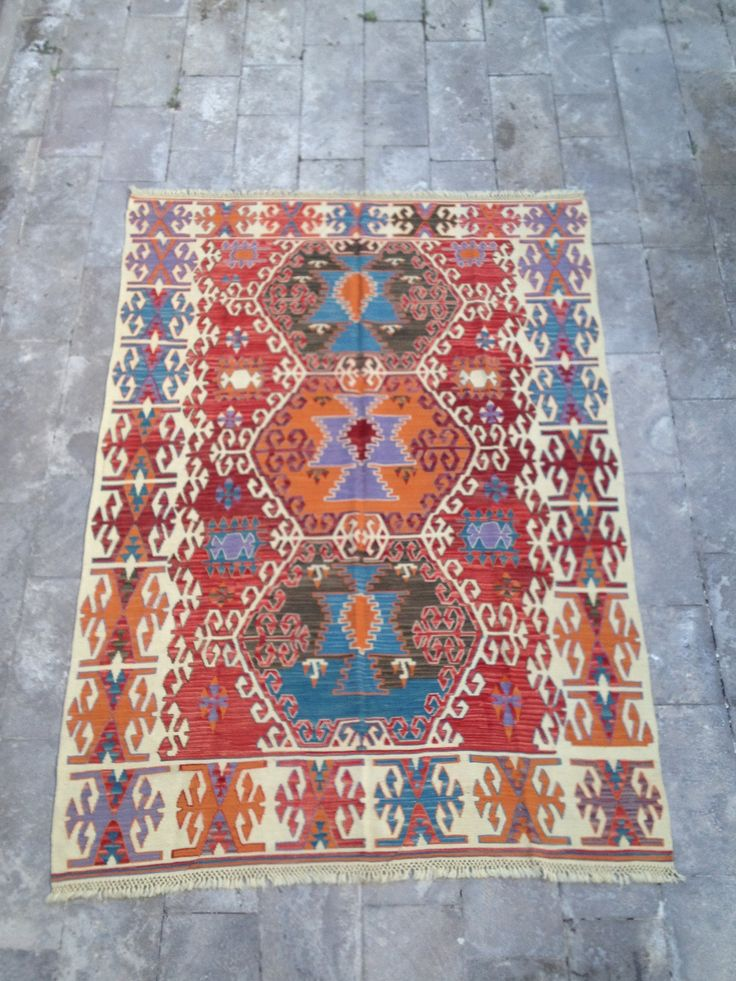 17 best tapis kilim ethnique vintage vintage kilim rug images on pinterest kilim rugs. Black Bedroom Furniture Sets. Home Design Ideas