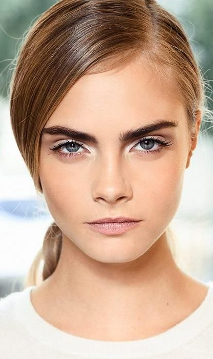 deep side part + bold brows + natural makeup // #beauty #makeup #caradelevingne