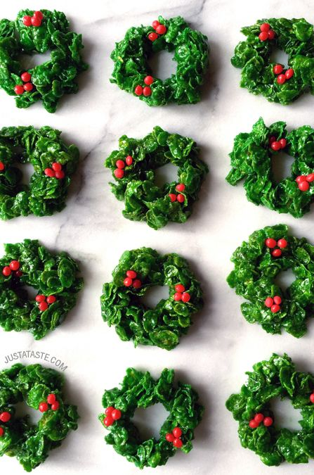 Marshmallow Christmas Wreaths #recipe on justataste.com