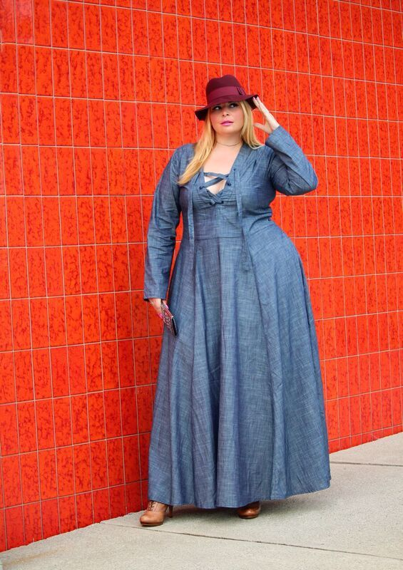 Fashion Blogger Spotlight:  Caterina of Caterina Moda http://thecurvyfashionista.com/2016/09/fashion-blogger-caterina-moda/