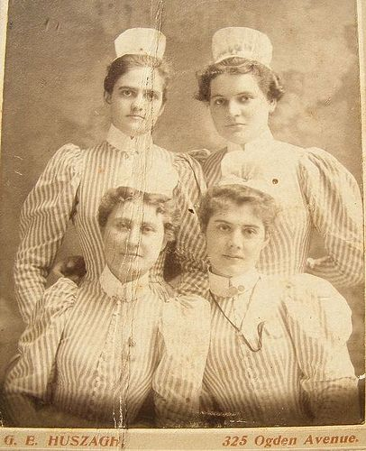 Vintage Nurses Photograph from 1898 by @nursingpins