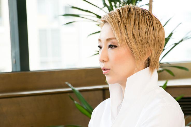 『オーム・シャンティ・オーム -恋する輪廻-』 - 真名子陽子|WEBRONZA - 朝日新聞社の言論サイト