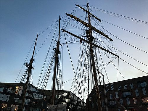 Sailboat next to the Iceland embassy, Copenhagen, DK. Taken by Bennie from Bennie's travel blog.