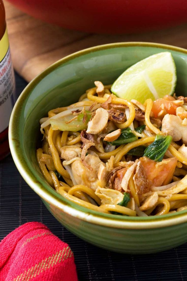269 best indonesian food recipe images on pinterest indonesian mee goreng spicy indonesian noodles forumfinder Gallery