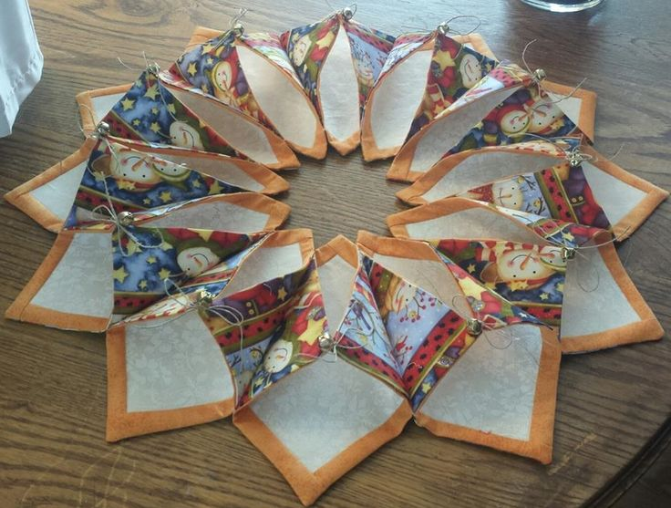 40 Best Folded Wreath Images On Pinterest Centerpieces Fabric Inspiration Fold And Stitch Wreath Pattern