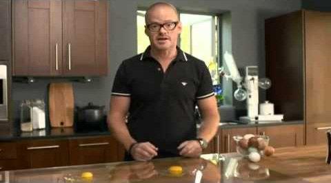 Хестон Блюменталь готовит яйца