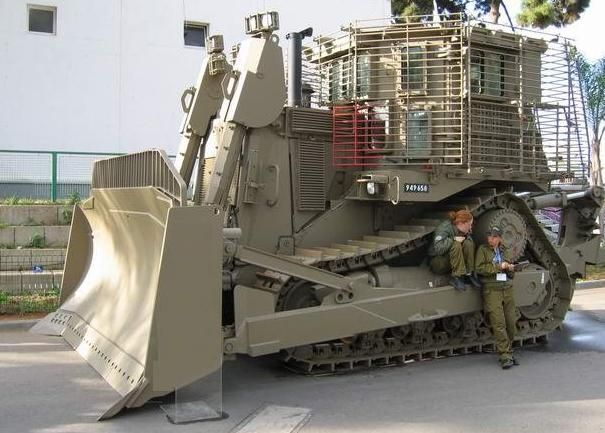 The IDF armoured version of the Caterpillar D9 bulldozer