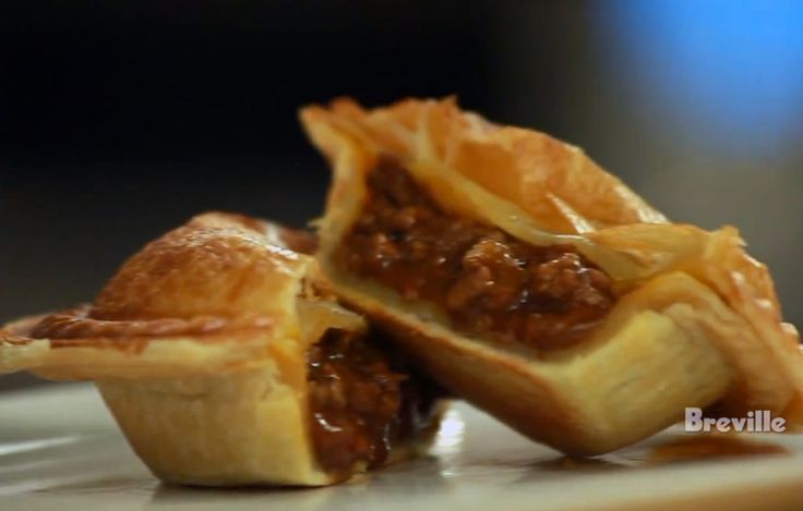 Chef Chef Sam Jackson creates an Australian Meat Pie