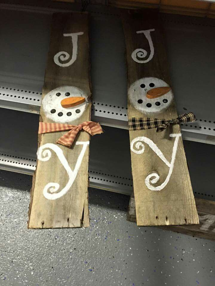 http://www.freecycleusa.com/secret-to-diy-crafting/ teds-woodworking.... Make it yourself diy woodworking crafts Snowman pallet decor #DIYWOODCRAFTS