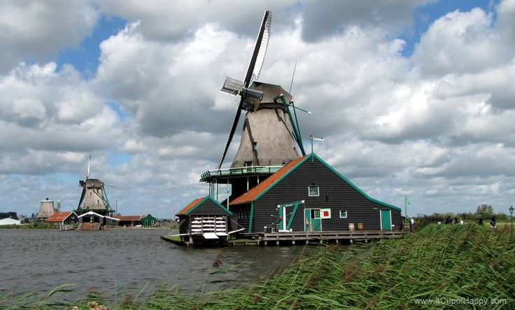 Zaanse Schans open-air museum is a great place to visit to learn about Dutch history.